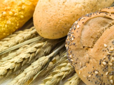 whole wheat grains and breads contain gluten